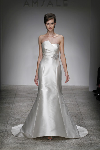 Amsale Fall Winter 2011 Bridal New York 10/16/10